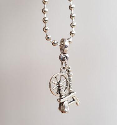 Spinnrock Halsband